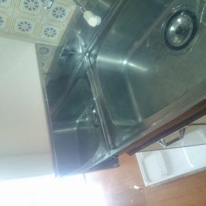 流し台脇水撥ね防止工事