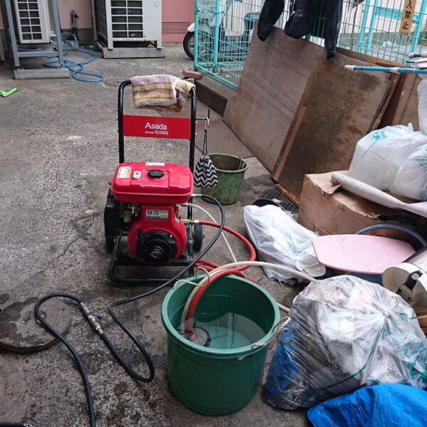 6 排水管清掃 高圧洗浄機使用
