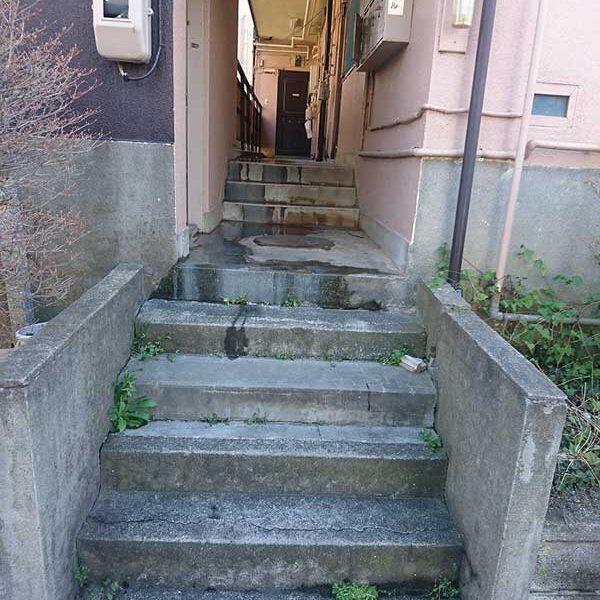 1 作業前 入口階段付近