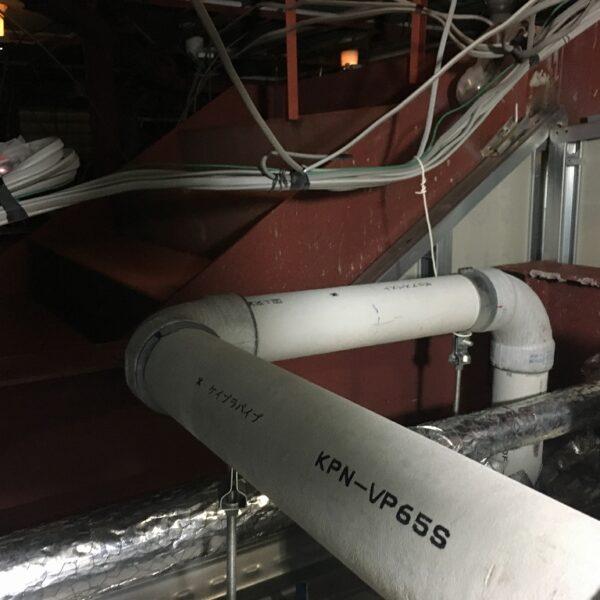 建物内汚水管通気弁取付工事
