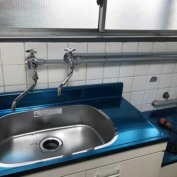 5 流し台水栓設置完了