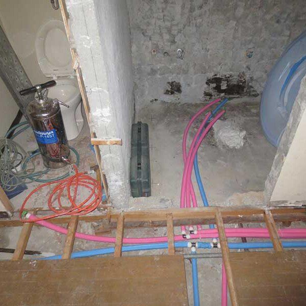 5 ポリ管による配管工