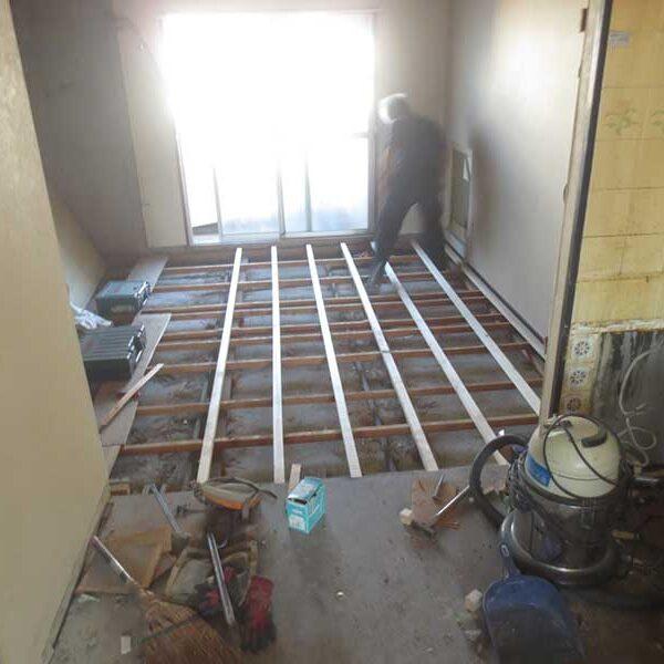 6 床・木工事