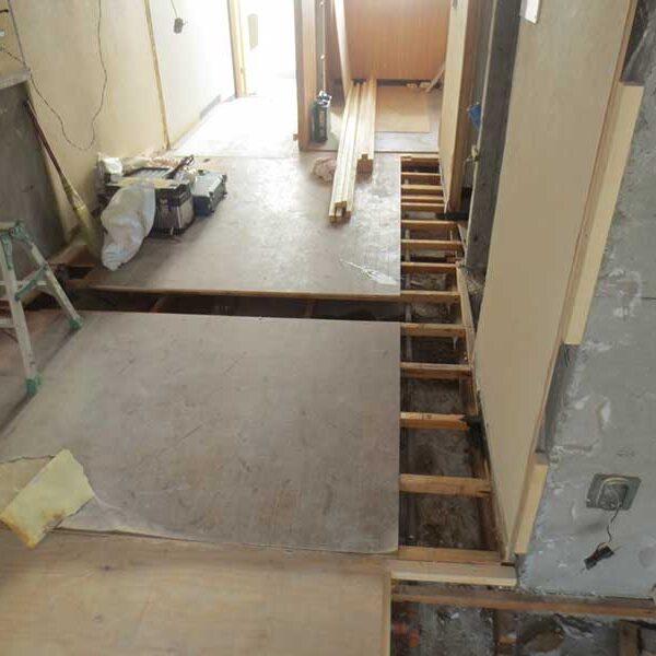 7 床・木工事
