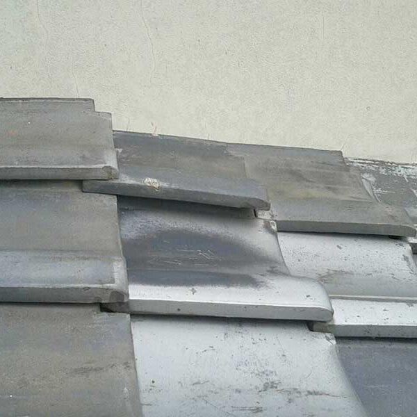 4 台風により瓦屋根破損状況