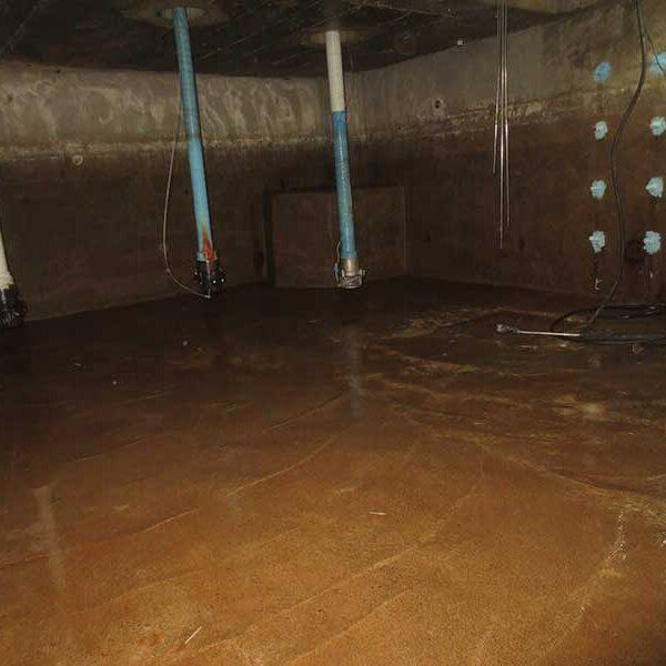 3 清掃前(受水槽・地下)