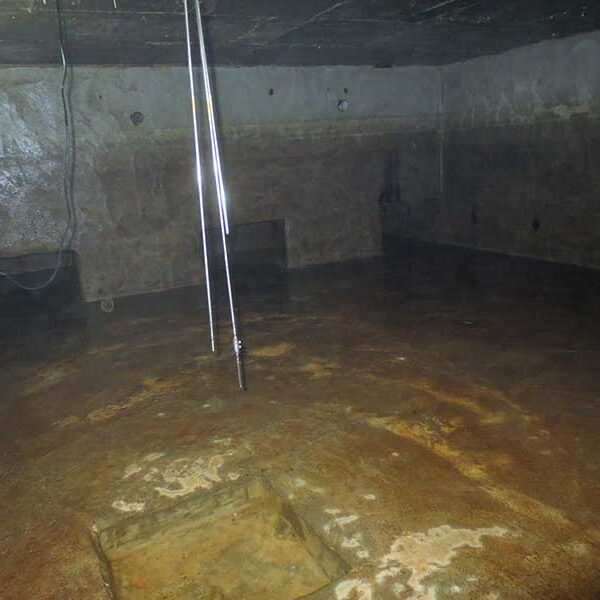 6 清掃後(受水槽・地下)