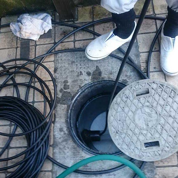 10  インバート桝高圧洗浄