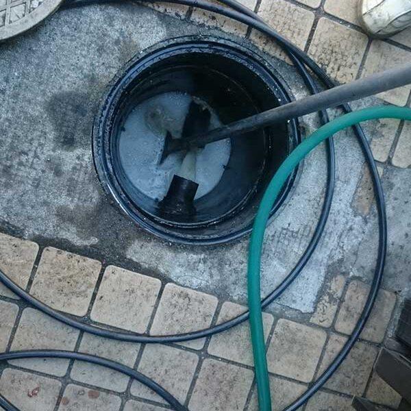 11  インバート桝高圧洗浄