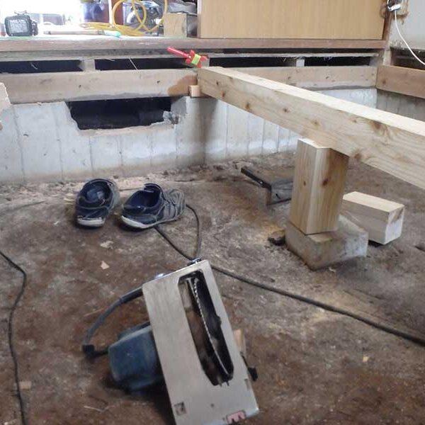 8 床束・束石敷き込工事