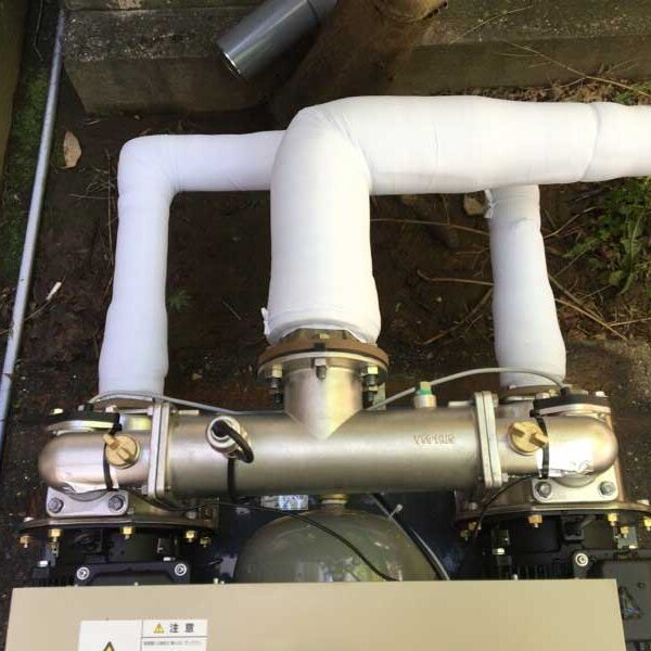 10 受水槽との配管工事完了